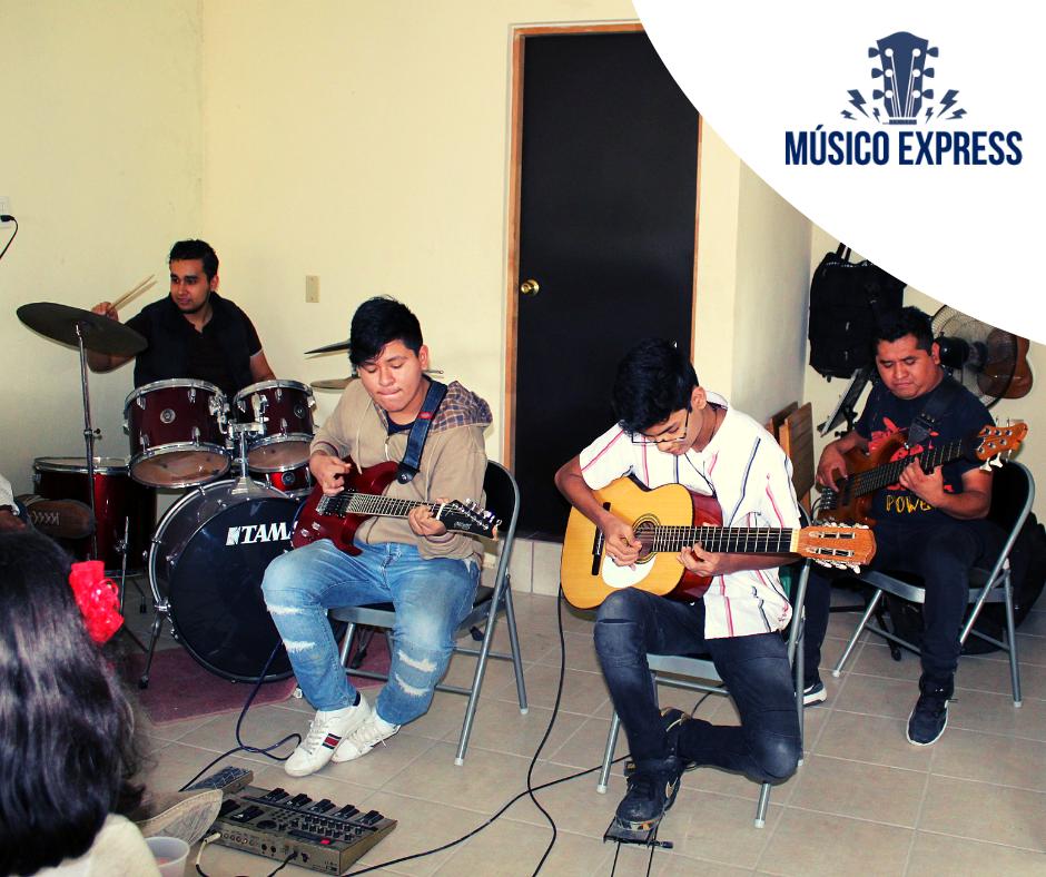 clases de guitarra, clases de musica, concierto en vivo, alumnos de guitarra
